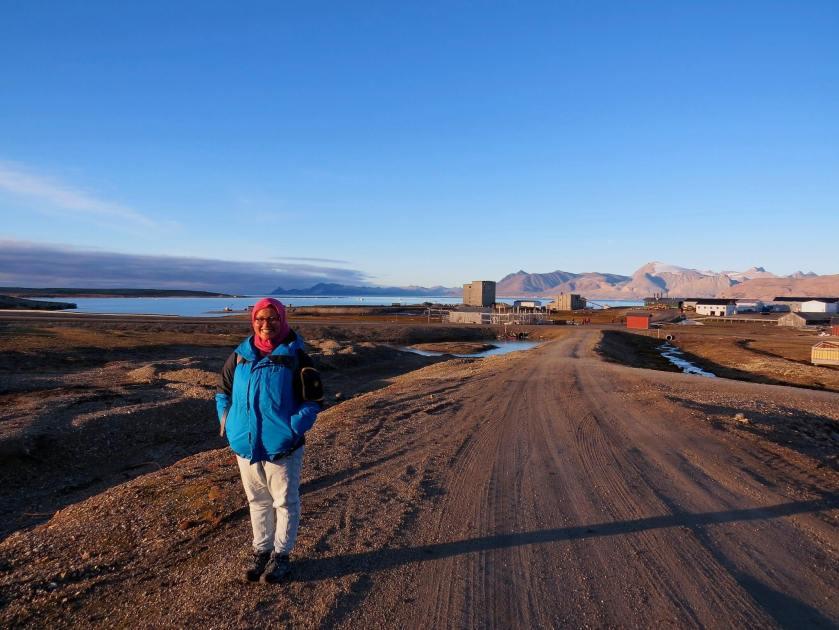 Day 6 - posing in Ny Allesund