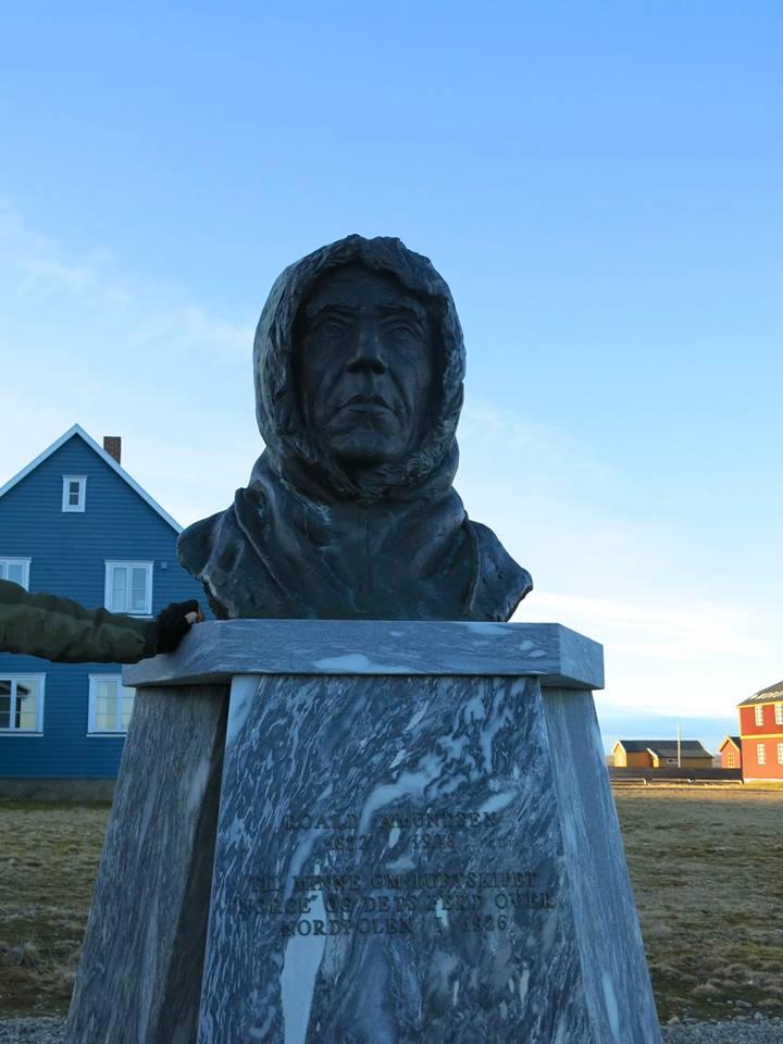 Day 6 - Roald Amuntsen statue in Ny Allesund