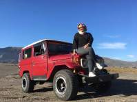 Red Jeep Bromo, 2017